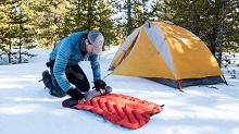5 Essential Winter Camping Tips